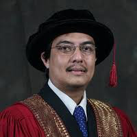 Prof. Hadi Nur